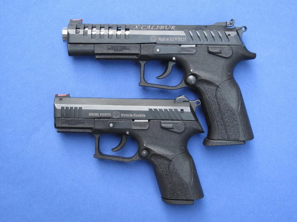 Deux modèles de la gamme Grand Power, le compact P11 et le full-size X-Calibur, destiné aux compétitions de tir IPSC, qui reçoit un chargeur de 17 coups, un canon lourd cannelé, une culasse ajourée et une hausse réglable de marque Elliason.
