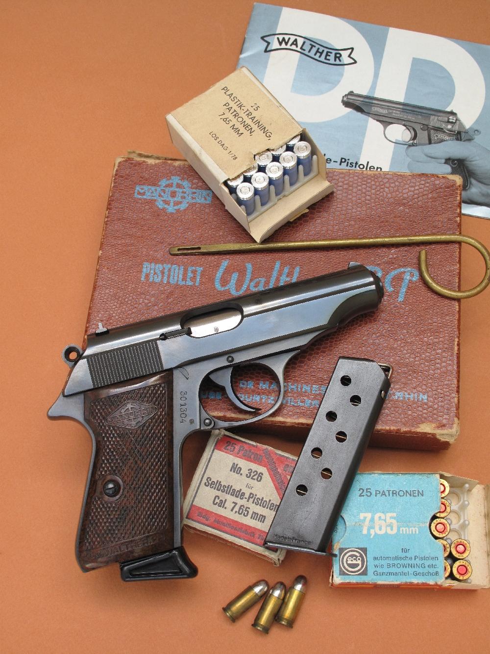essai armes cat gorie pistolets semi automatiques anciens. Black Bedroom Furniture Sets. Home Design Ideas